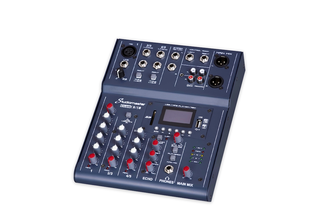 Studiomaster Club XS 5 mixing console