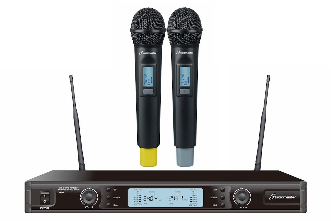 Studiomaster W2G wireless microphone set 1