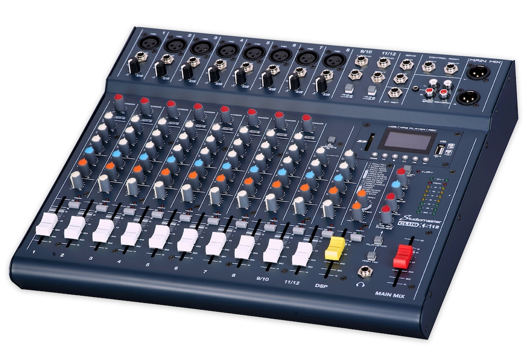 Studiomaster Club XS 12 mixing console