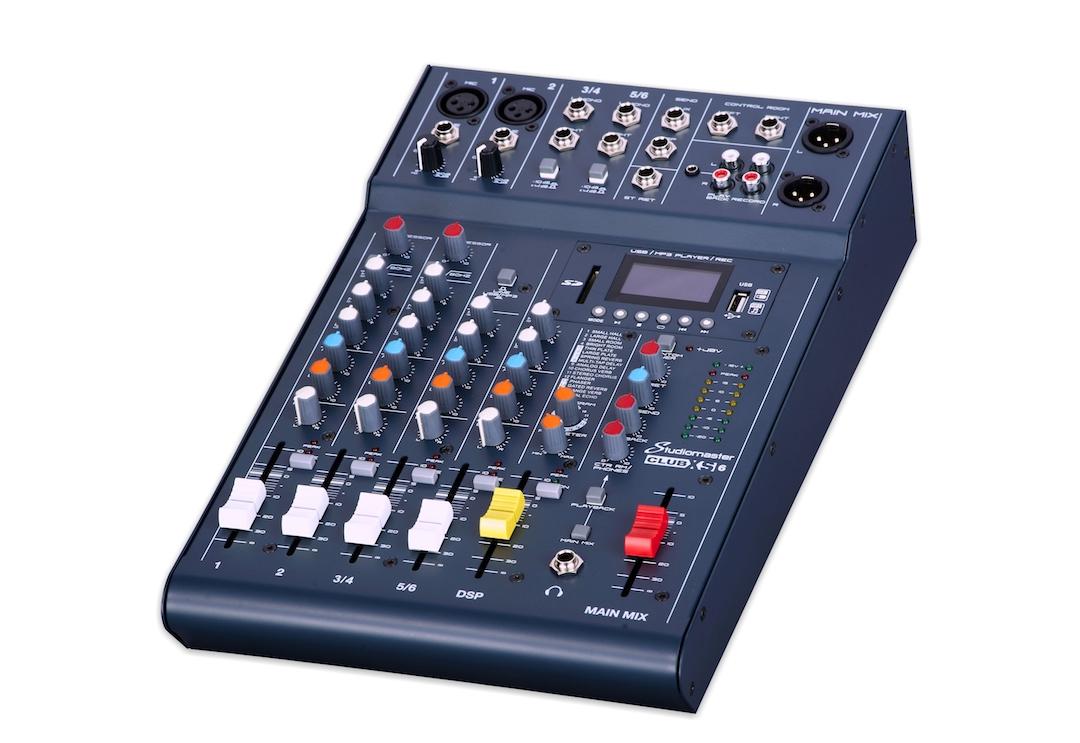 Studiomaster Club XS 6 mixing console