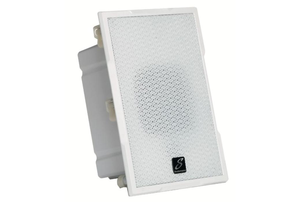 Studiomaster IS4CN install speaker cabinet