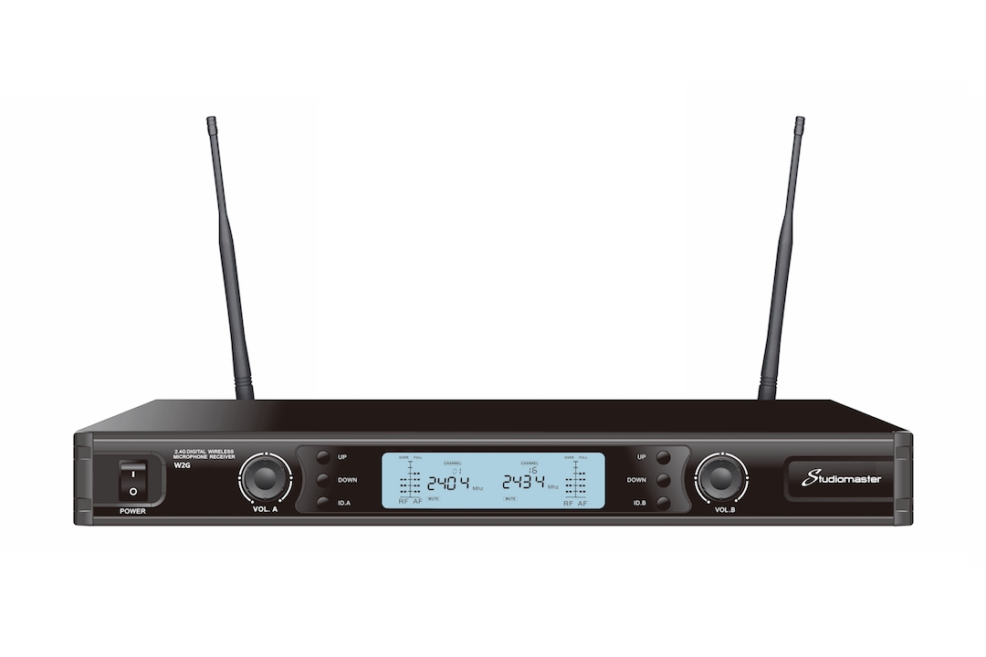 Studiomaster W2G wireless microphone set 2