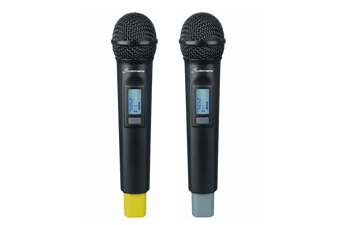 Studiomaster W2G wireless microphone set 3